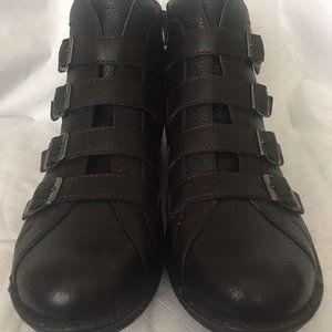 Bionica Orion Women's Black Leather Booties Sz 9.5